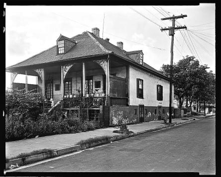 Plantation House, 3939 Chartres Street.