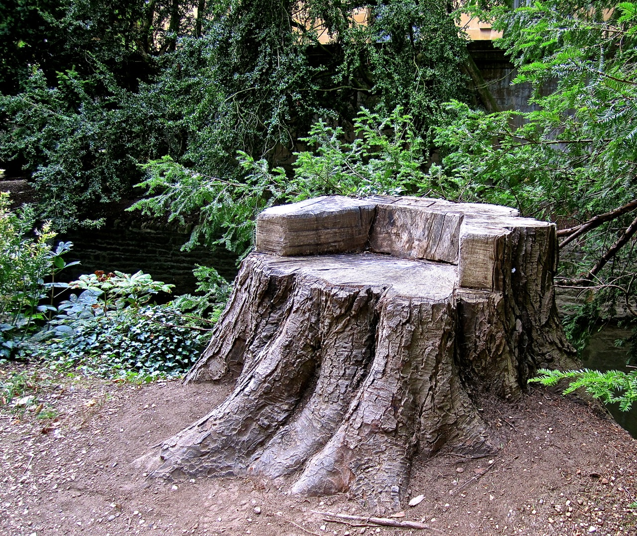oxford stump seat enclos ure