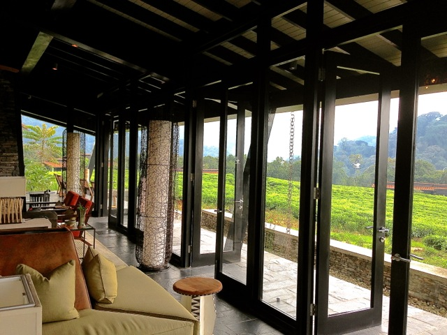 Lounge at Nyungwe Forest Lodge, enclos*ure