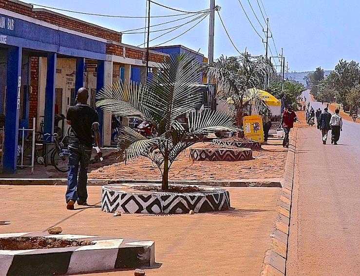 Town planters in eastern Rwanda/enclos*ure