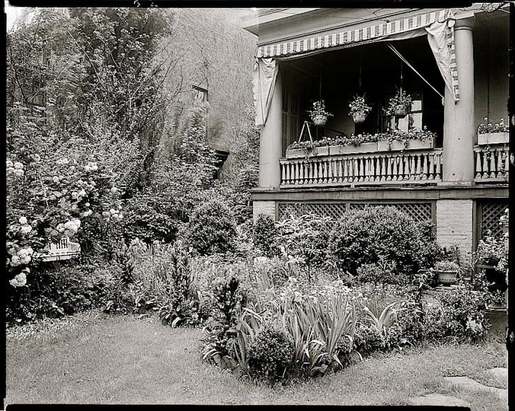 Ellen Glasgow House, 1930s, Richmond, by Frances Benjamin Johnston, Library of Congress