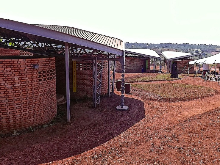 Women's Opportunity Center, Kayonza, Rwanda. Supported by Women for Women International and designed by Sharon Davis Design./enclos*ure