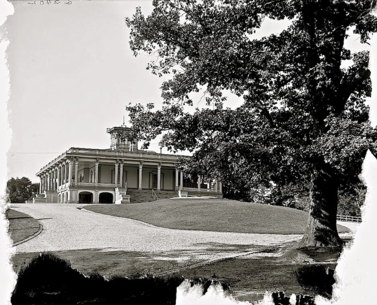 The Sunday porch/enclos*ure: Mansion House, Druid Hill Park, about 1906, Library of Congress