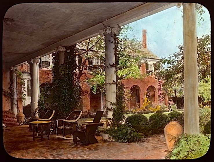 The Sunday porch/enclos*ure: Wellington, now River Farm, about 1931, Alexandria, VA, via Library of Congress.