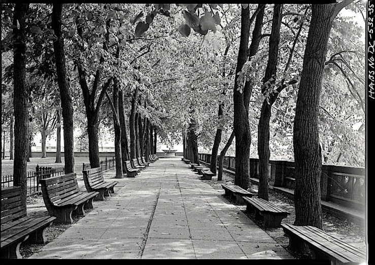Vintage landscape/enclos*ure: Meridian Hill Park, D.C., 1976, via Library of Congress