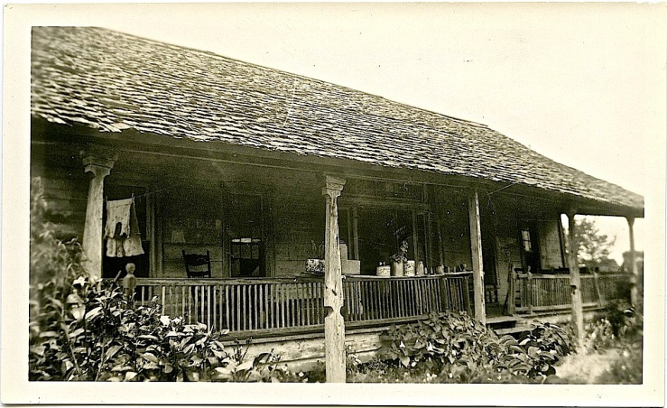 The Sunday porch/enclos*ure: unidentified Texas porch, by Fanny Ratchford, 1936, via Texas State Archives Commons.