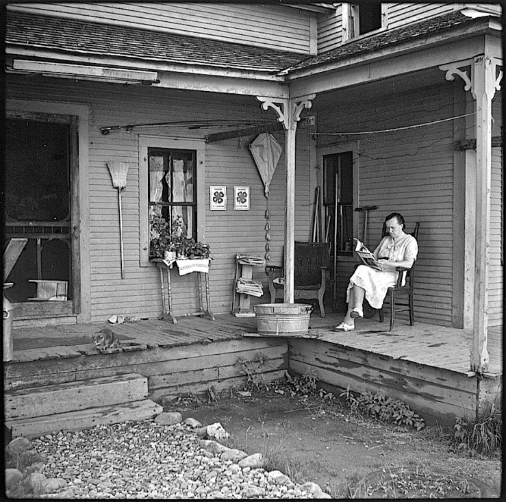 The Sunday porch/enclos*ure: Lincoln VT, 1940, by L. Rosskam, via Library of Congress