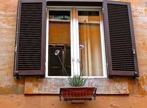 A window in the Trastevere neighborhood.