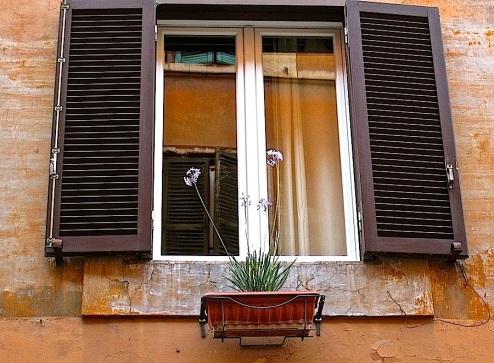 A window in the Trastevere neighborhood.