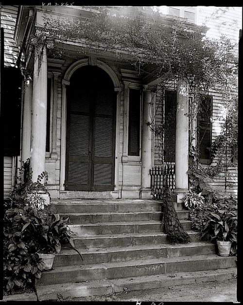 The Sunday porch/enclos*ure: Federal Hill, by FBJ, Library of Congress