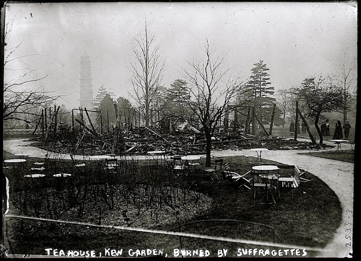 Kew Garden tea hse burned, LoC