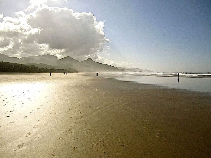 Cannon Beach this morning