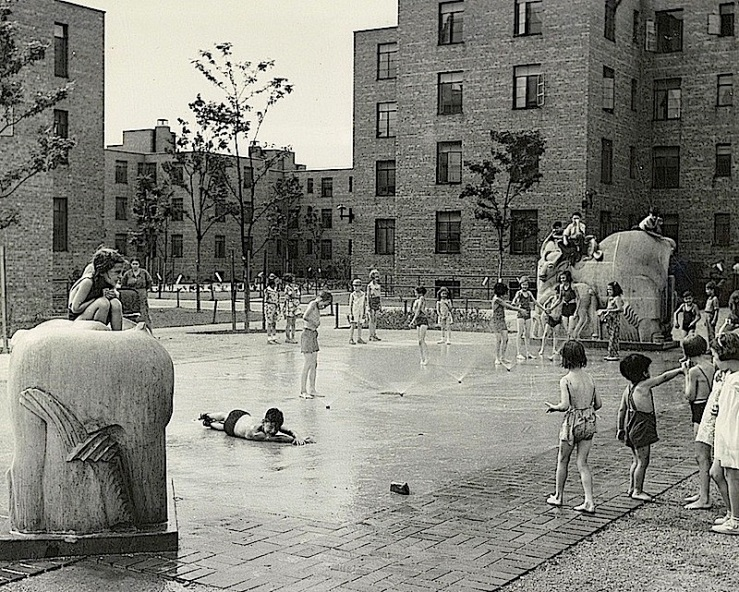Jane Addams Housing fountain, via LoC