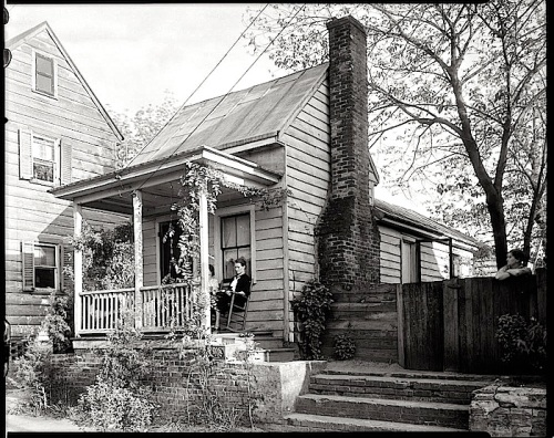 Small house, via LoC