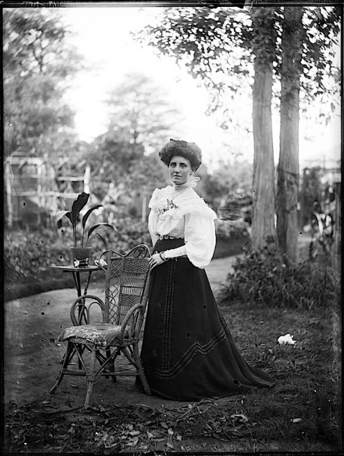 Woman in garden, Sydney Aus., 1900, Powerhouse Museum