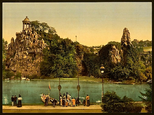 Les Buttes Chaumont, Paris, France