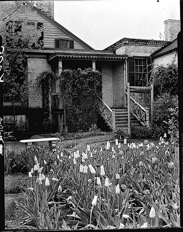 probably April 1934-The Sunday porch:enclos*ure-  J. B. Valle Hse, Mo., HABS, Library of Congress