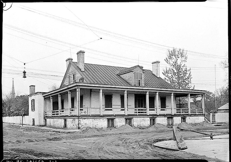 The Sunday porch:enclos*ure- 1934 J. B. Valle Hse, Mo., HABS, Library of Congress