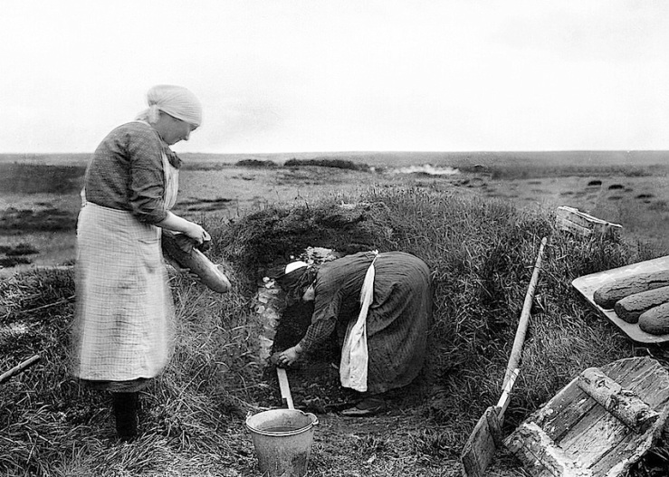 Breadbaking, West Jutland, 1929, National Museum of Denmark