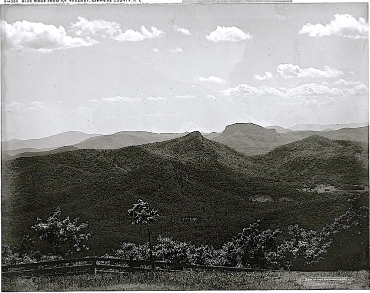 4 The Sunday porch:enclos*ure -- Lake Toxaway, c. 1902, Library of Congress