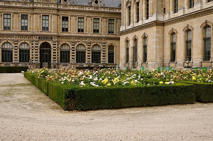 Jardin de l'Infante, The Louvre, Paris, September 2015, by enclos*ure