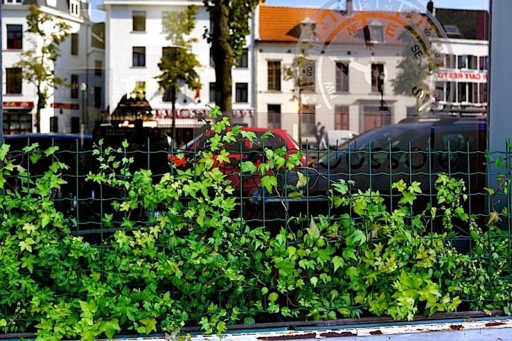 Ste-Catherine, Brussels, Sept. 2015, enclos*ure