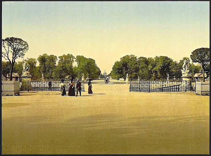 Tuileries fountain, ca. 1900, photochrom via Library of Congress