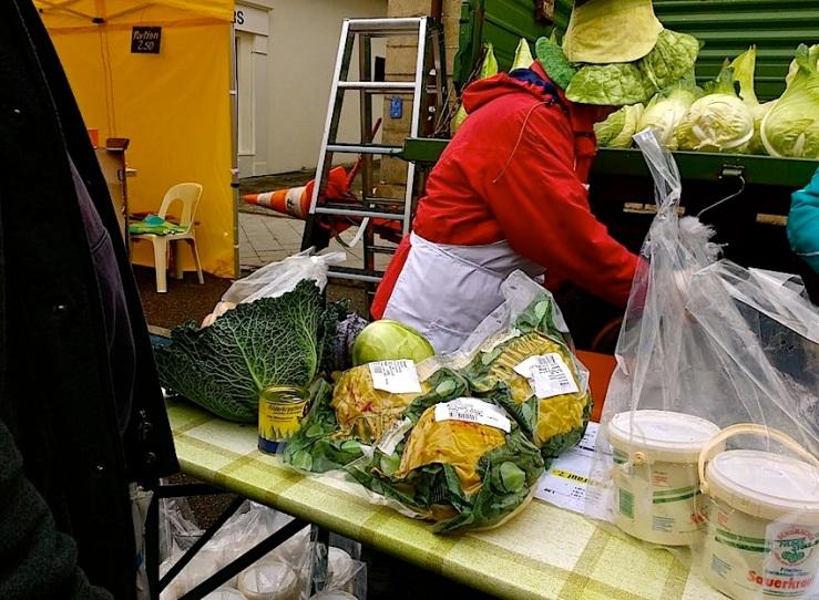 4 Cabbage Fest, enclos*ure