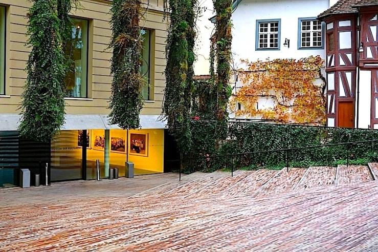 12 Museum of Culture, Basel, 2015, enclos*ure