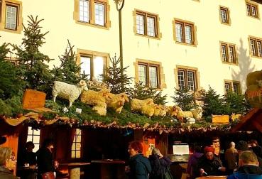The Stuttgart Christmas Market, 2015, enclos*ure