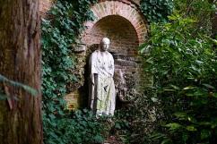 Venice Hotel Garden, Dec. 2015, by enclos*ure