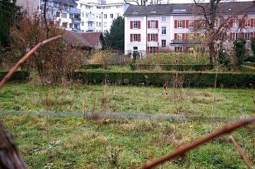 The back garden, Mission 21, Basel, Switzerland, late November 2015, by enclos*ure