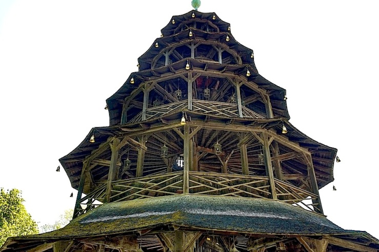 Chinese Tower detail, Munich, May 2016, enclos*ure