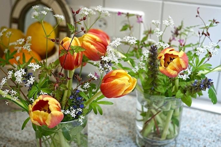 In a vase…, May 23, 2016, enclos*ure