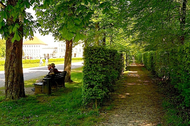 Munich5, enclos*ure