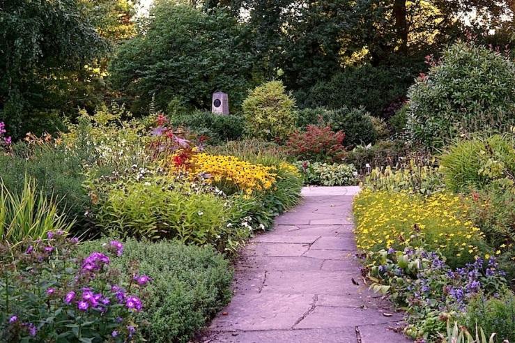 4a Hohenheim garden, Aug 23, 2016, enclos*ure