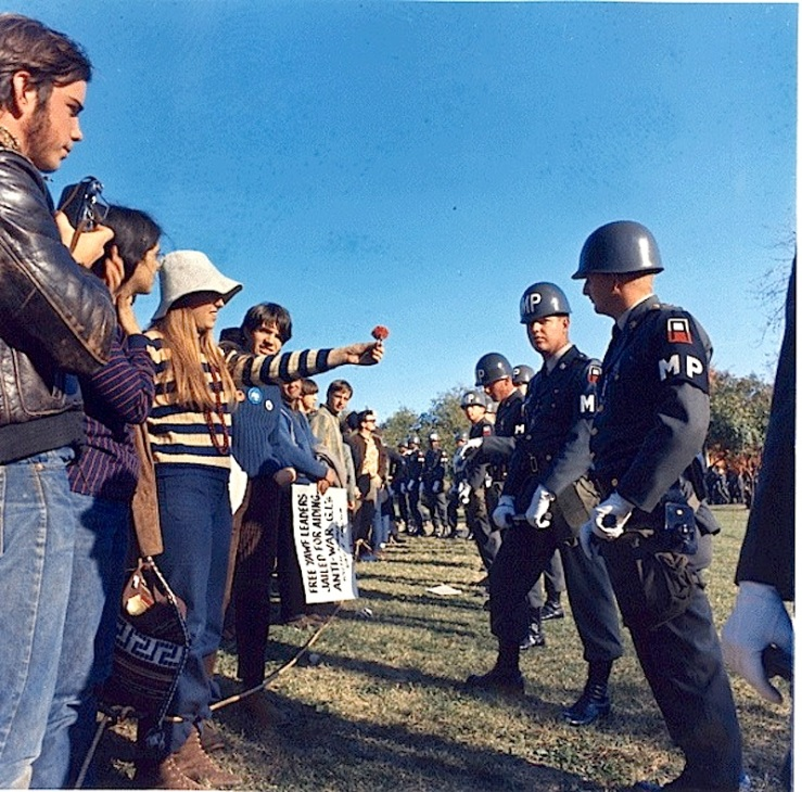 Anti-war demonstrators, National Archives on flickr