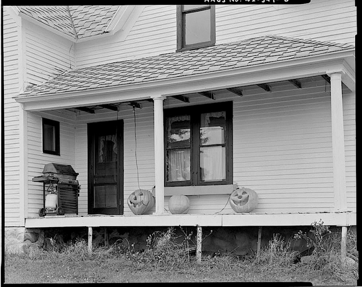 Halloween back porch, HABS, Library of Congress
