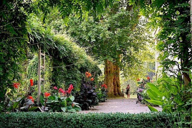 Hohenheim garden44, 2015, enclos*ure