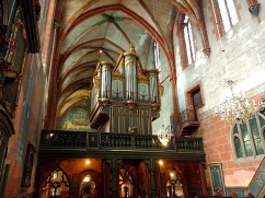 The organ above the rood screen was built in 1780.