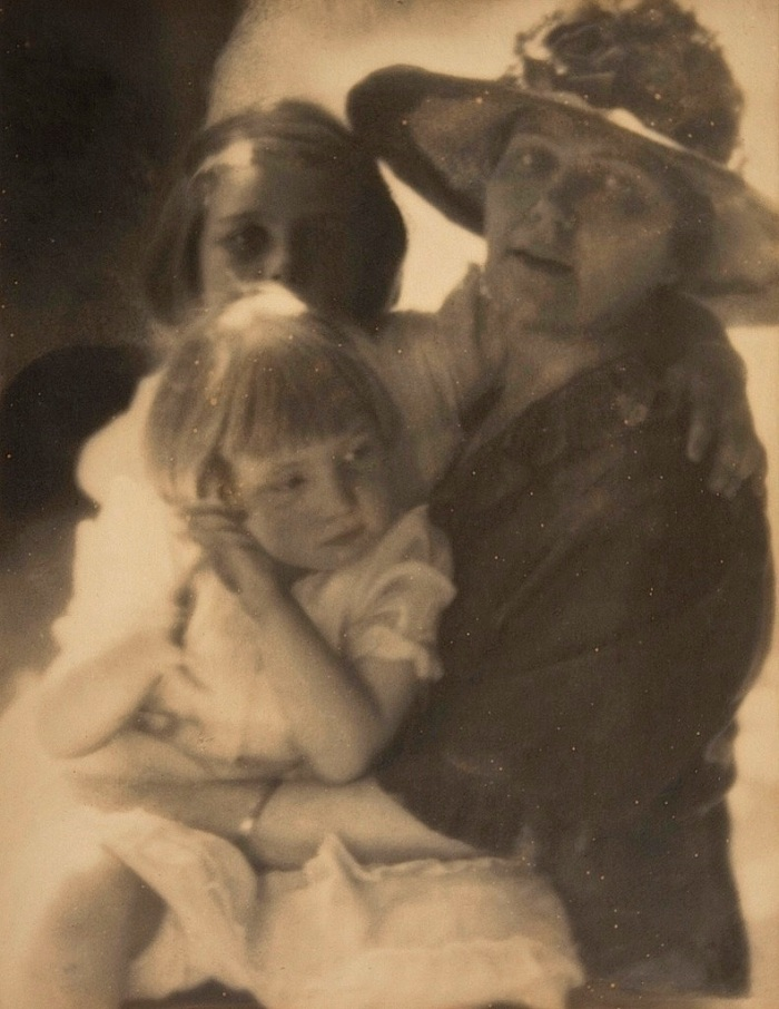 Watson family, D. Lange, Museum of Photographic Arts