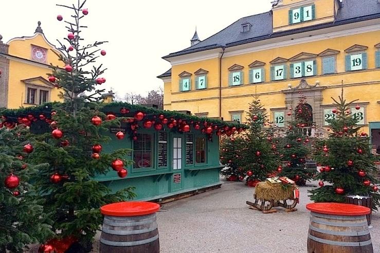 4b-hellbrunn-palace-salzburg-enclosure