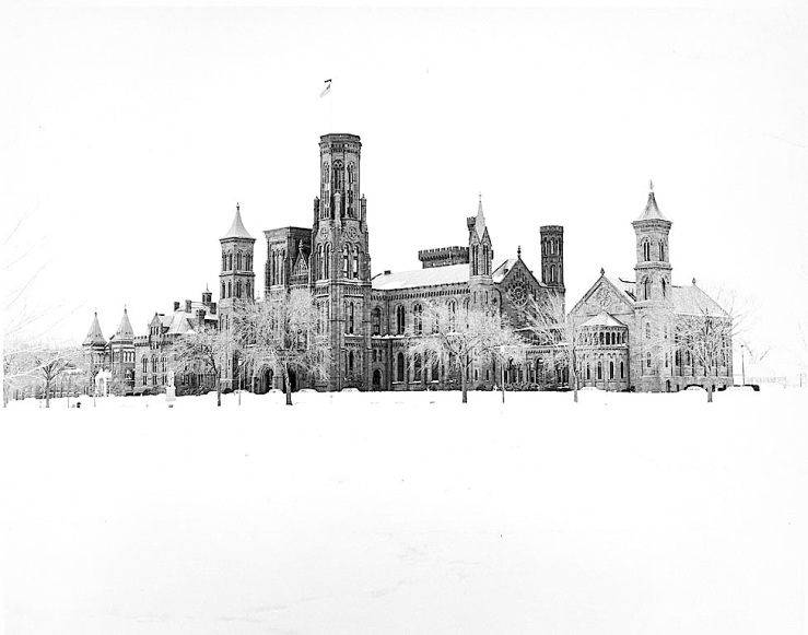 smithsonian-castle-in-snow-1967-smithsonian-on-flickr