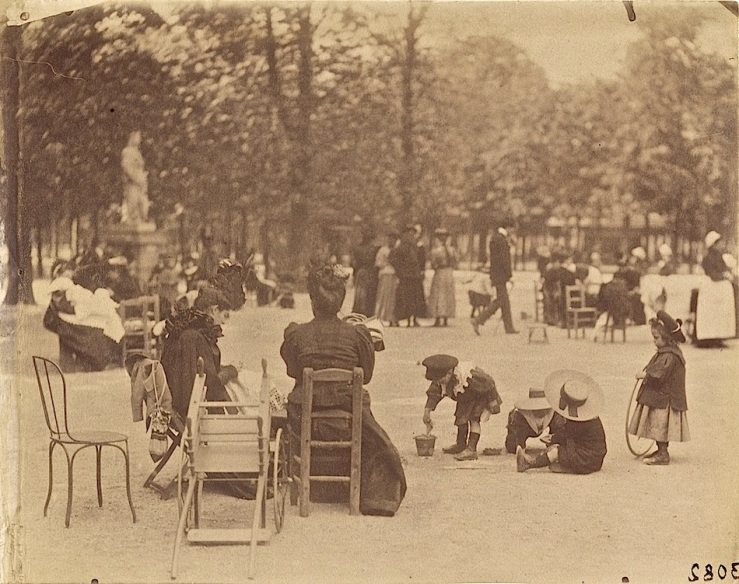 women-children-in-luxembourg-gardens-paris-getty-museum